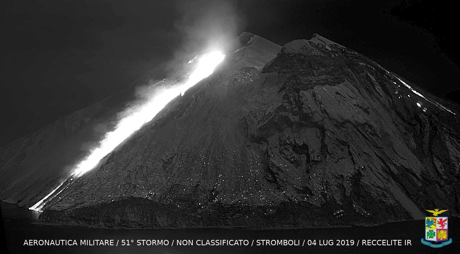 Stromboli - images in IR put online by the Aeronautica Militare - Reccelite IR. on the 04.07.2019