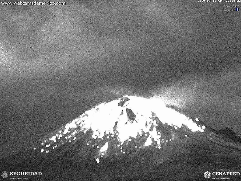 Popocatépetl - 15.07.2019 / 22h54 - WebcamsdeMexica / Cenapred / Seguridad