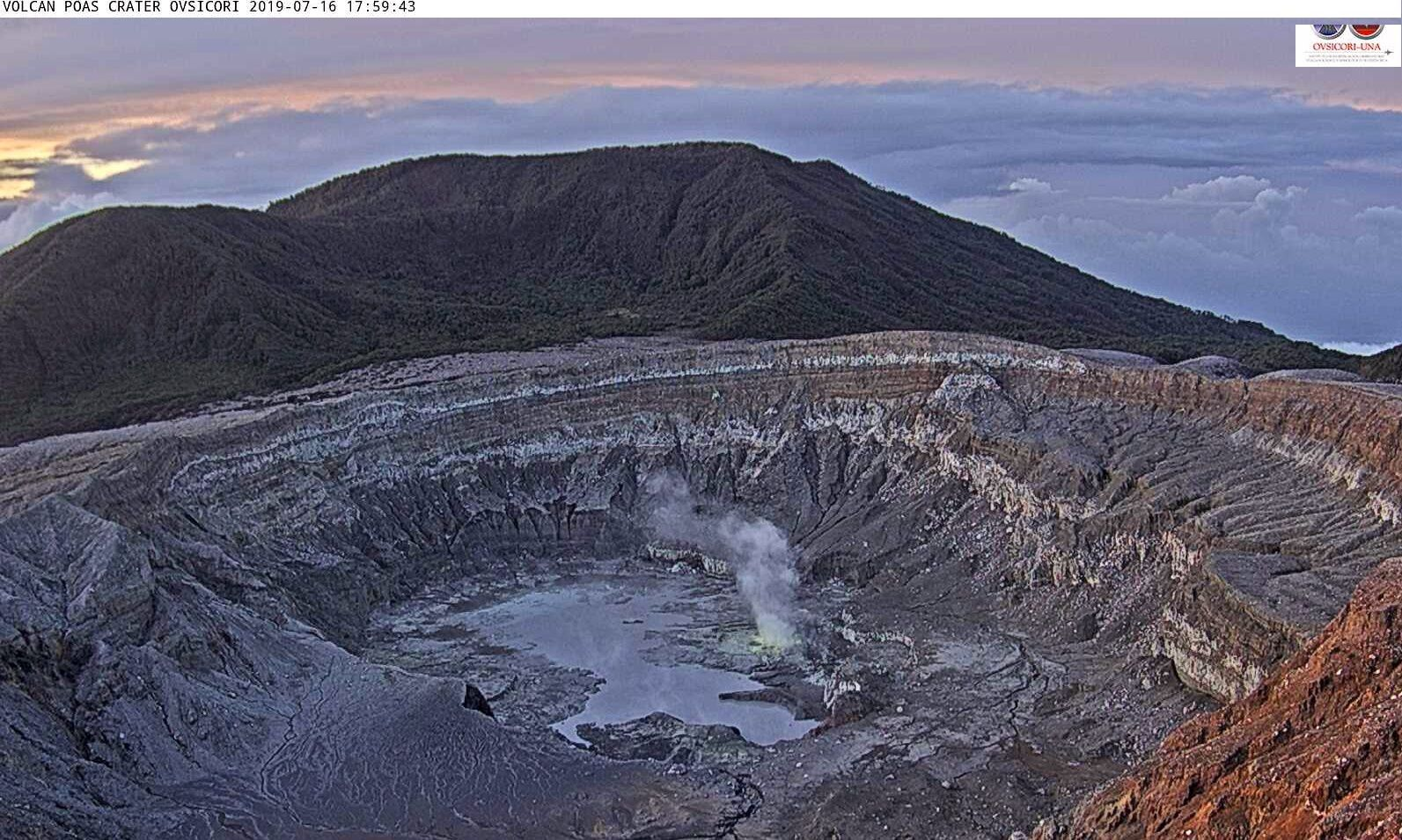 Poas - recharge of the crater lake - photo Ovsicori 16.07.2019 / 17h59