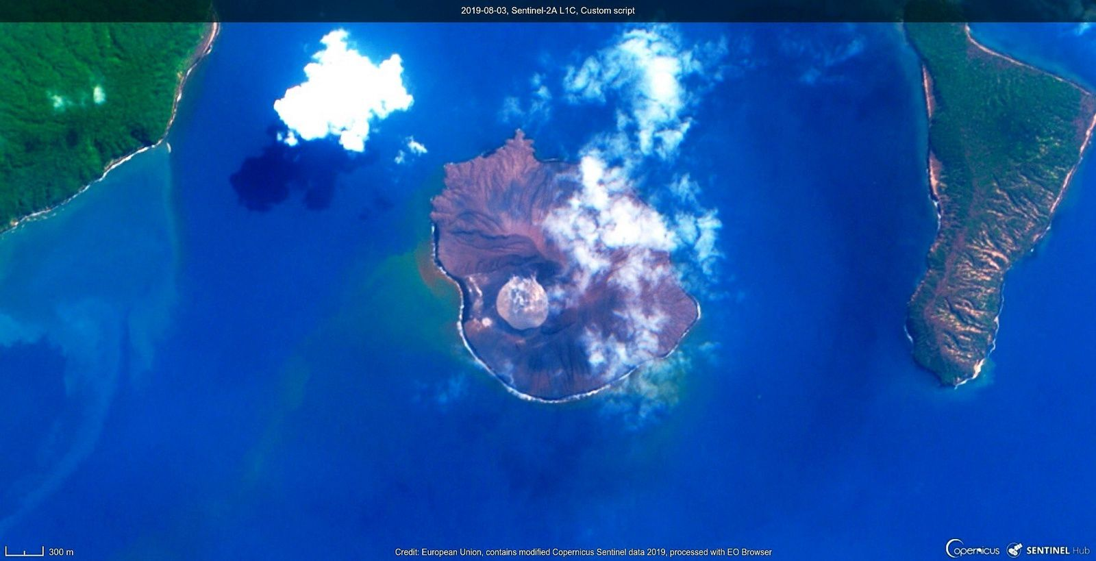 Anak Krakatau - Sentinel 2A L1C custom script from 03.08.2019 / in the day - Doc.Copernicus