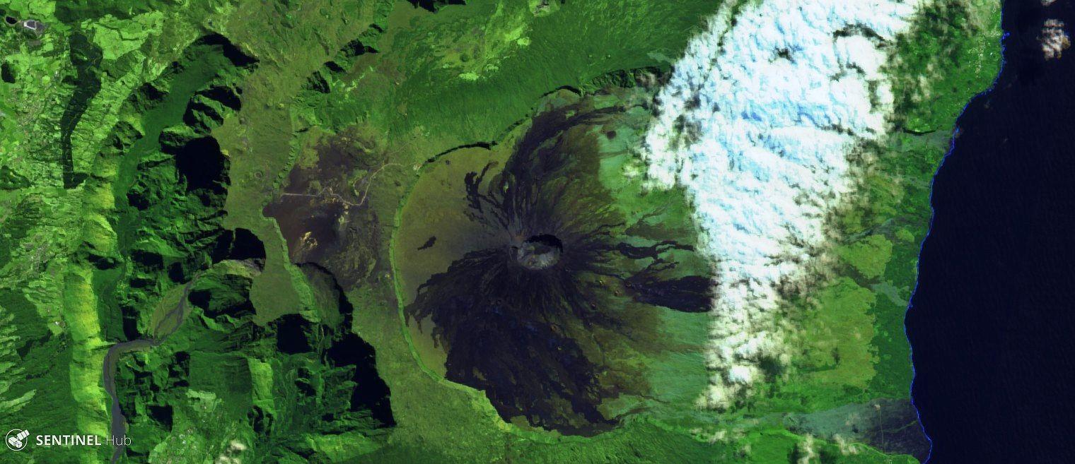 Piton de La Fournaise - Vers une éruption ou une intrusion ? - image Sentinel-2 bands 12,11,4 - un clic pour agrandir