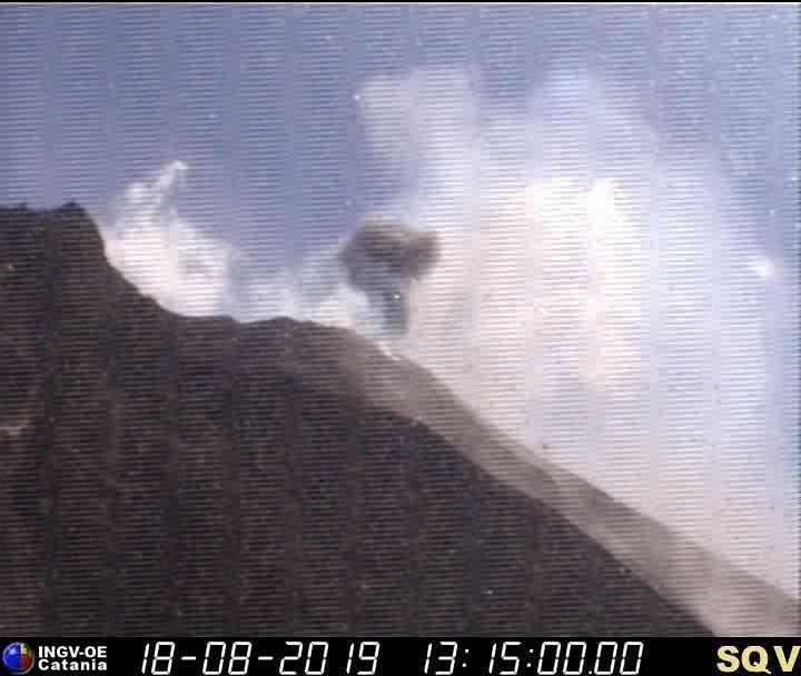 Stromboli - explosion on 18.08.2019 / 1:15 pm - webcam INGV