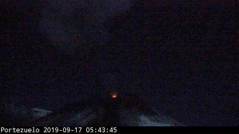 Nevados de Chillan - explosive activity of 17.09.2019 / 5:43 am - webcam Portezuelo / Sernageomin