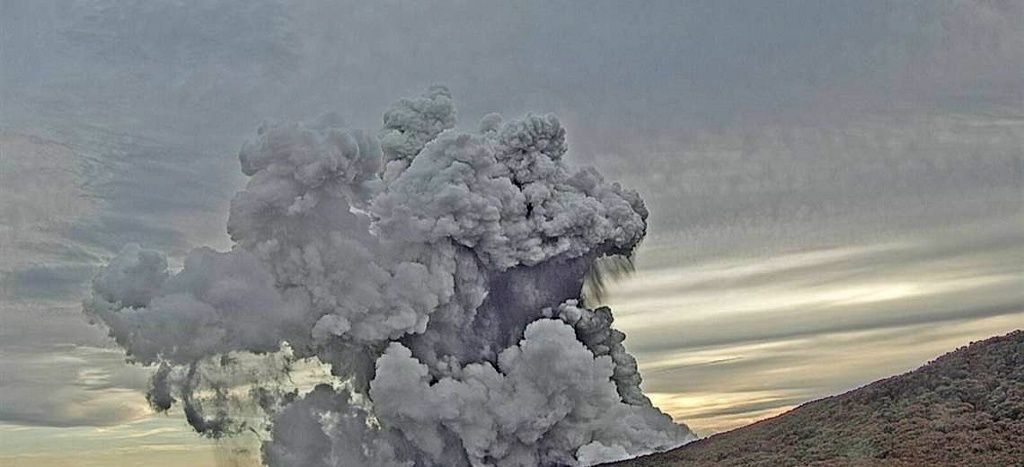Poas - plume of phreatic eruption 30.09.2019 - photo Ovsicori