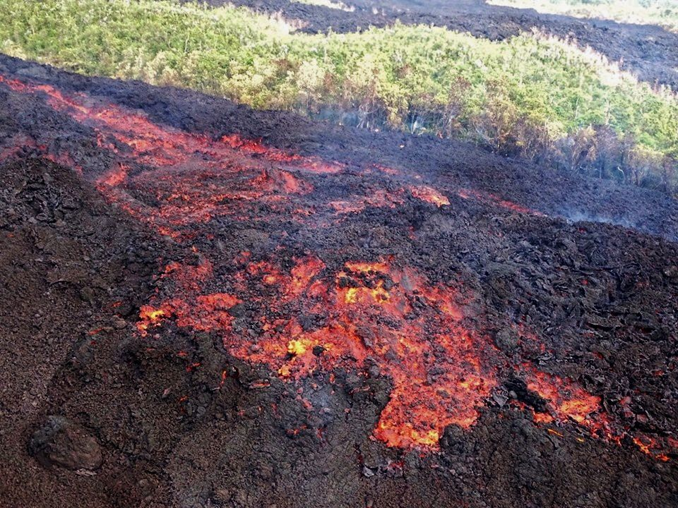 Piton de La Fournaise - lava flow 26.10.2019 - OVPF photo