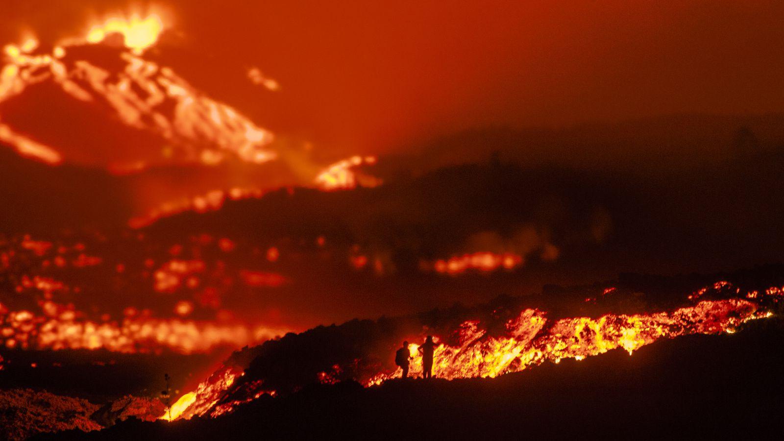 Piton de La Fournaise : Ambiance magique pour cette 5° éruption 219 - photo © Thierry Sluys 25.10.2019