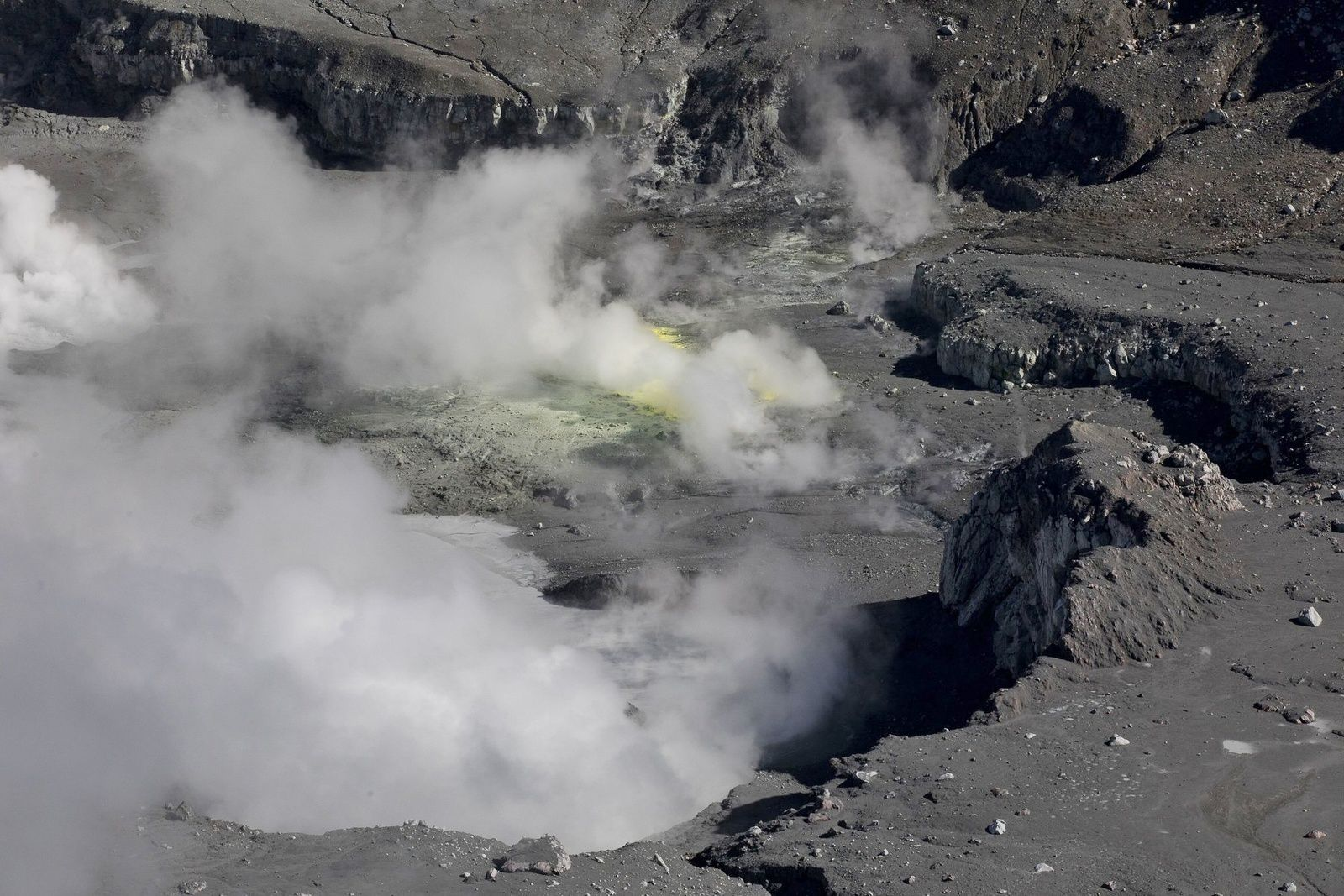 Poas - gas emissions in the crater - photo CNE 25.10.2019