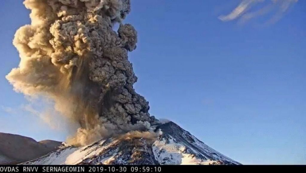Nevados de Chillan - explosion du 30.10.2019 / 9h59 - photo Sernageomin