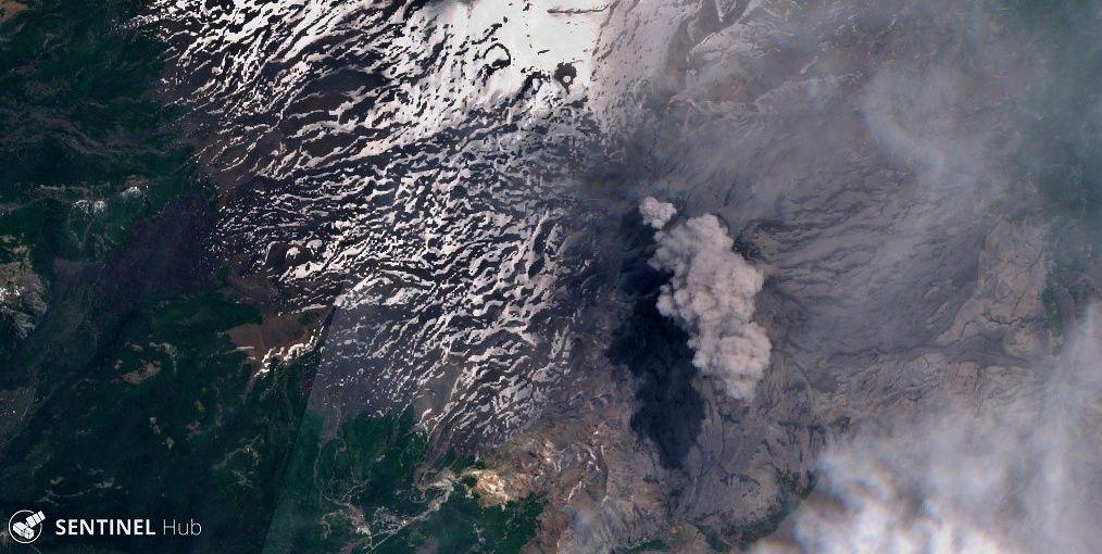 Nevados de Chillan - image  Sentinel-2 L1C  bands 4,3,2 du 22.11.2019