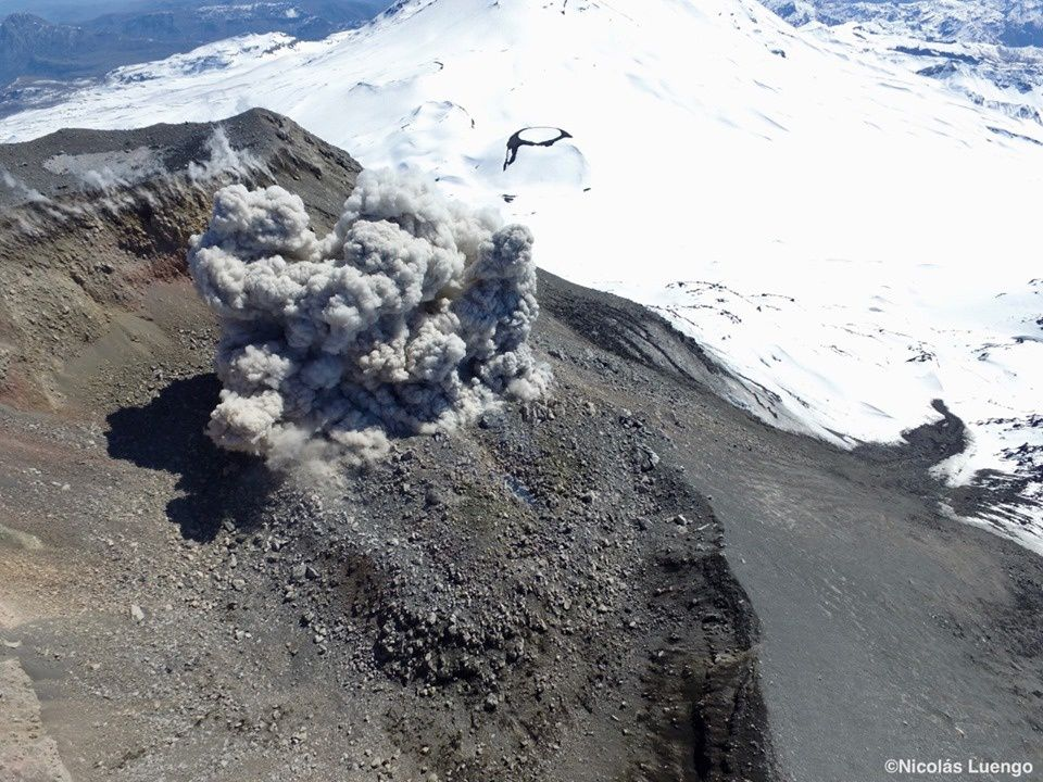 Nevados de Chillan - photo archives Nicolas Luengo via Volcanologia en Chile / 08.2019