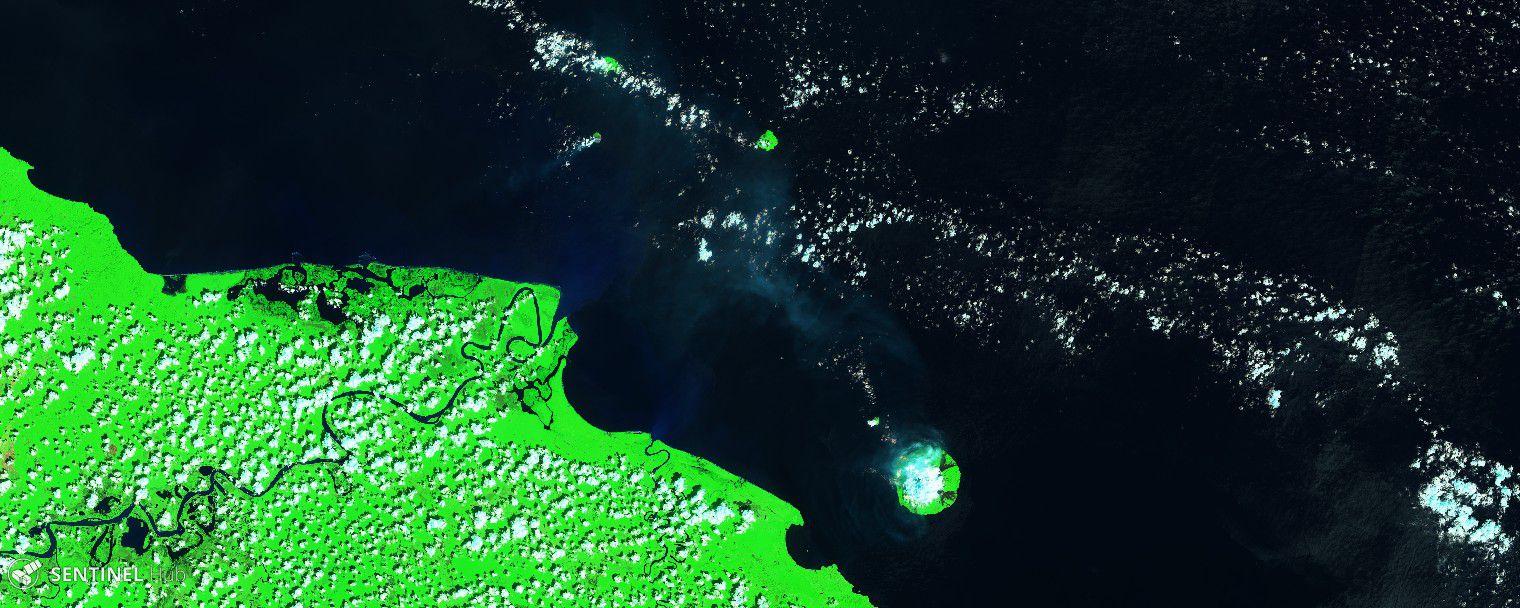 Papouasie Nouvelle-Guinée - image Sentinel2 SWIR du 01.12.2019 des émissions des volcans Kadovar (centre) et Mamanm (en bas à droite) - Un clic pour agrandir