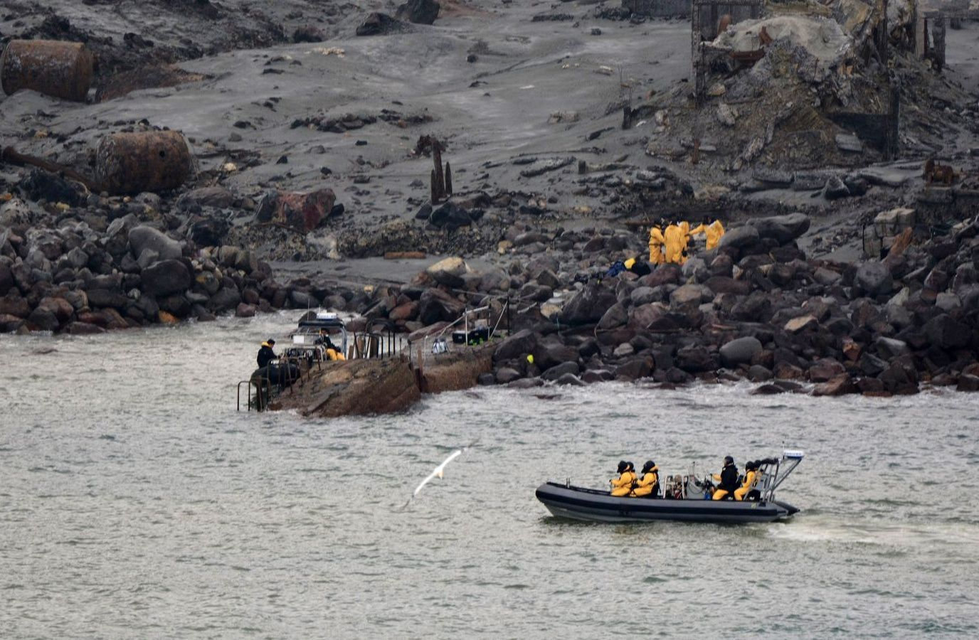 White Island - body recovery operations by NZ Defense Forces - photo NZ Police