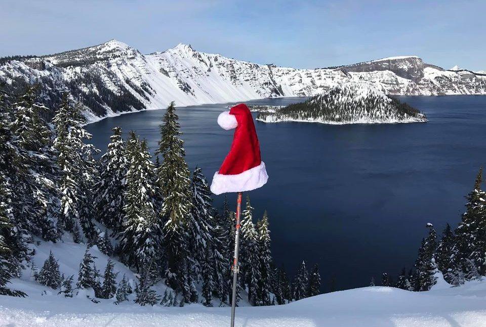 Actuellement, il se repose à Crater Lake ...plus frais après son tour des cheminées - photo Crater Lake N.P.
