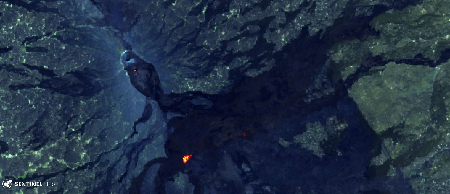 Erta Ale - hot spots at the pit crater south and west of the volcanic field outside caldera - Sentinel-2 L1C image on 2019-12-31 bands 12,11,4 - one click to enlarge