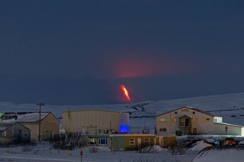 Shishaldin - the eruption, seen from Cold Bay, about 58 miles NE of the volcano on 06.01.2020 / 12 a.m. - Photo courtesy of Aaron Merculief. / AVO