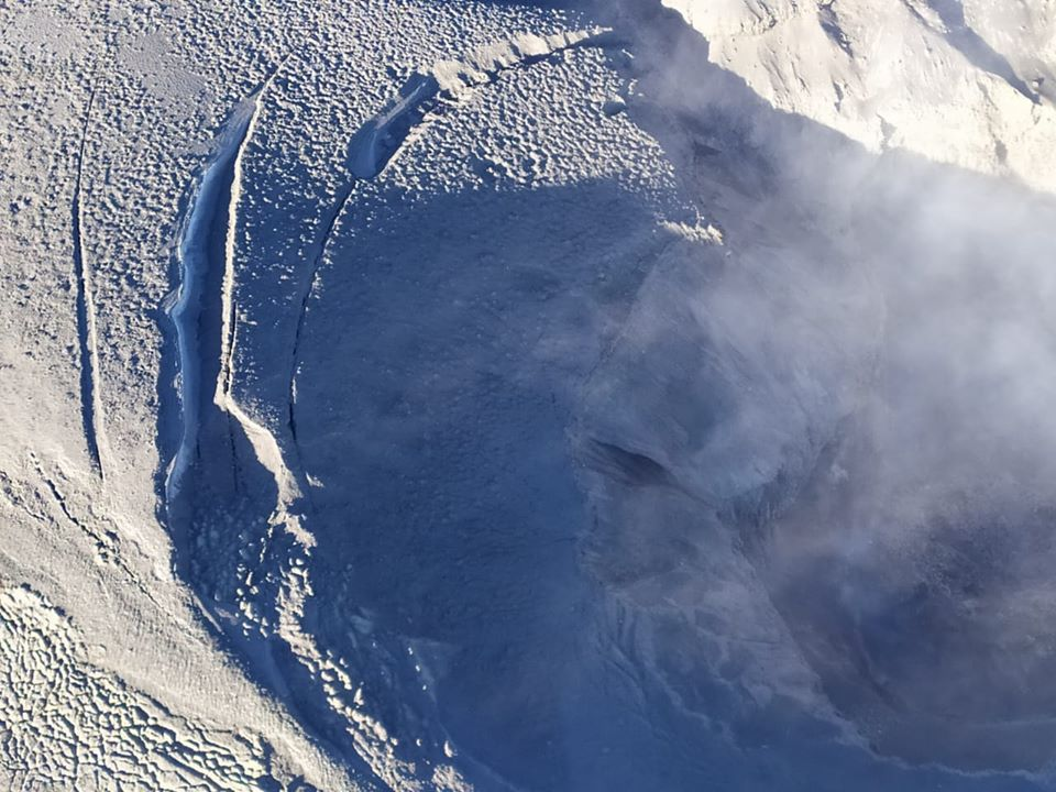 Nevado del Ruiz - overview of the Arenas crater on 10.01.2020 - photo SGC