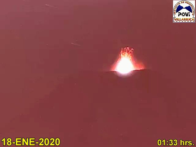 Villarica- Lava fountains from 18.01.202 / 01h33 - POVI webcam