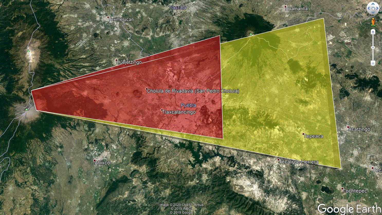 Continuous ash emissions from Popocatépetl heading towards Puebla. Dispersion forecast: observed (area in red) and prognosis at 6 hours (area in yellow). - Doc. VAAC-NOAA. / Skyalert