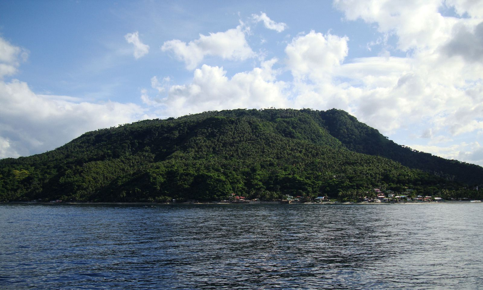 Verde-Island -Pass Verde Island - cruises from Batanga Bay / Luzon