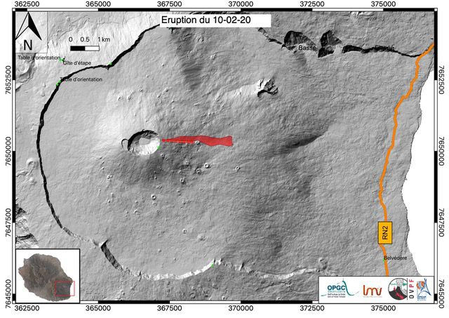 Piton de La Fournaise - Approximate location (GPS position from helicopter) of the eruptive cracks opened on 02/10/2020 and the associated flow at 1:15 p.m. local time. (© OVPF / IPGP)