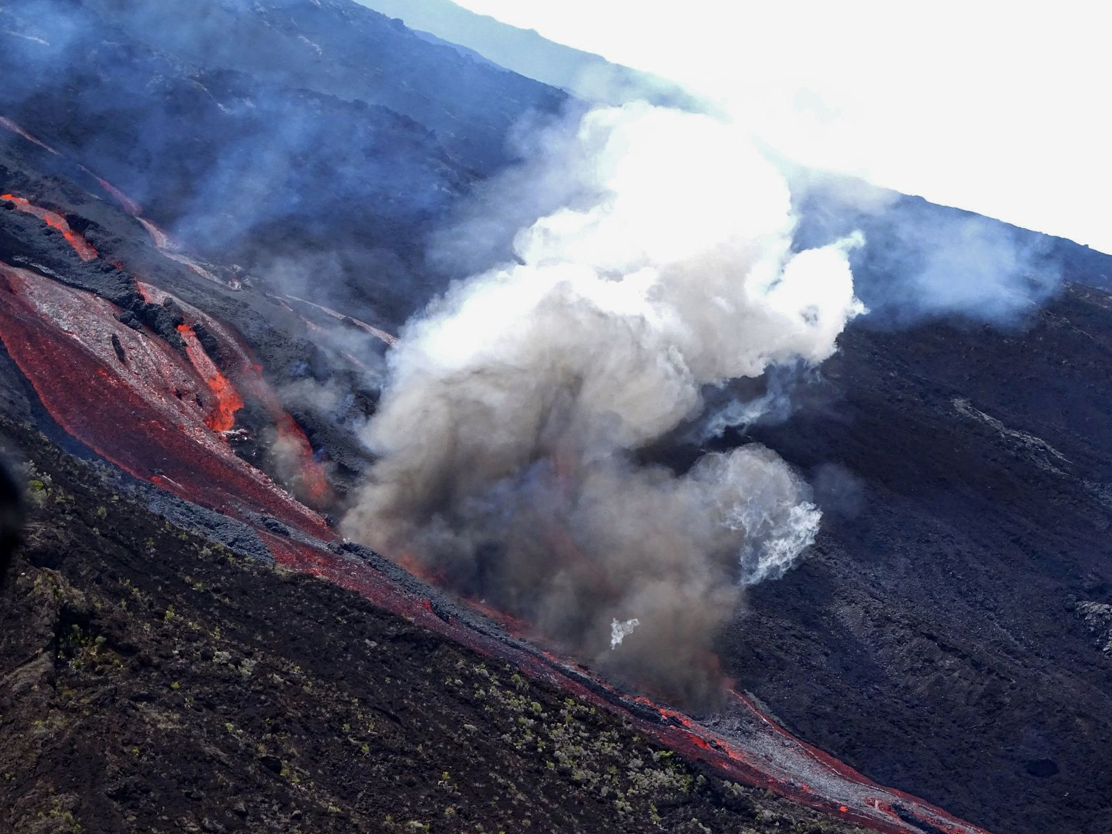 Piton de la Fournaise - Recognition made around 1:30 p.m. on February 10, 2020 with IPR / Twitter