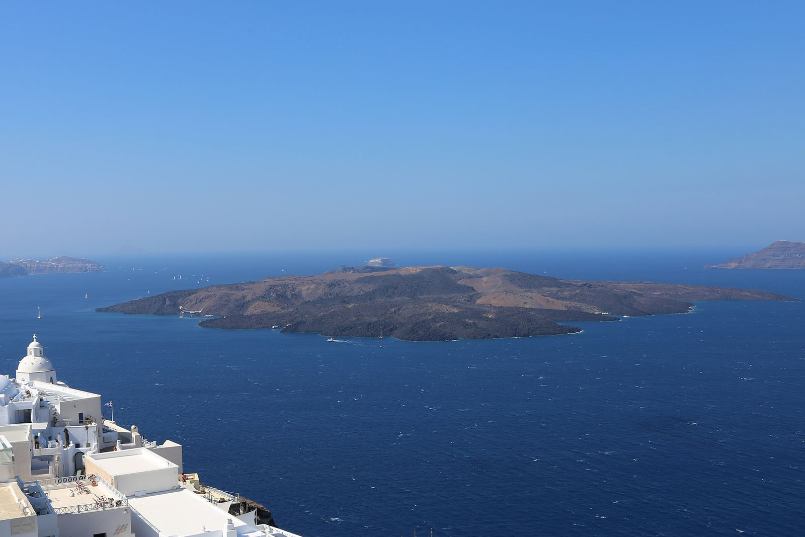 Santorini - Nea Kameni, seen from Thira - photo © Bernard Duyck 09.2019