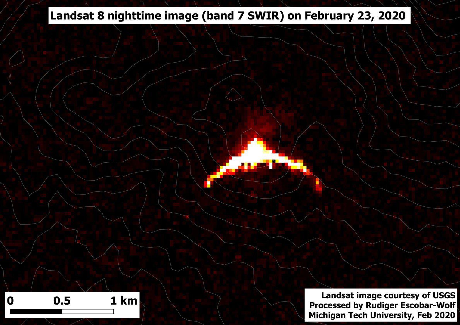 Santiaguito - Landsat 8 bands 7 SWIR image from 23.02.2020 - via R.Escobar-Wolf / MTU