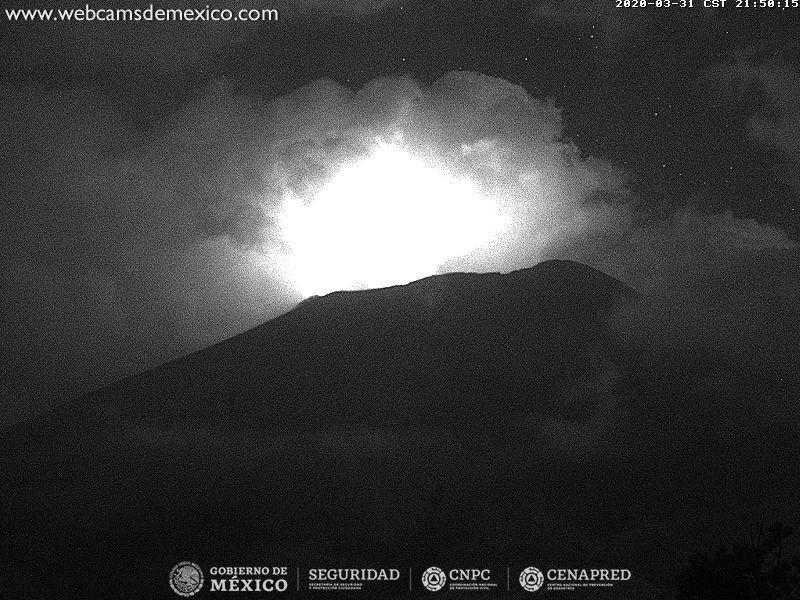 Popocatépetl - 31.03.2020 / 21h58  - WebcamsdeMexico