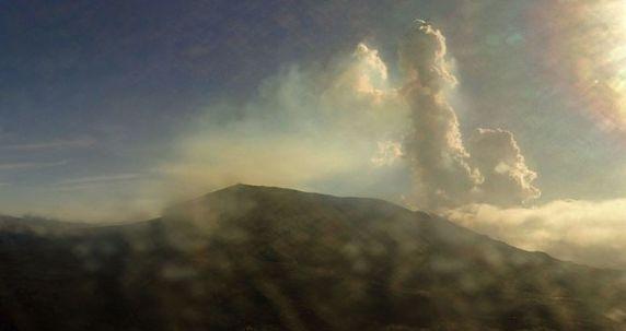 Piton de La Fournaise - 05.04.2020 / 8h17 - webcamHD OVPF / IRT