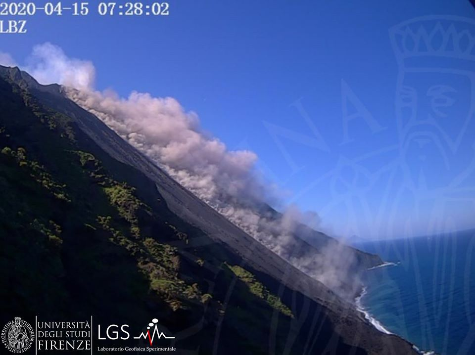 Stromboli  - 15.04.2020  / 7h28 - webcam LGS