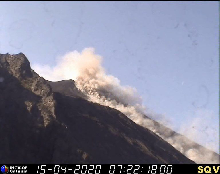 Stromboli - 15.04.2020 / 07h22 -  webcam visible & therm / INGV OE