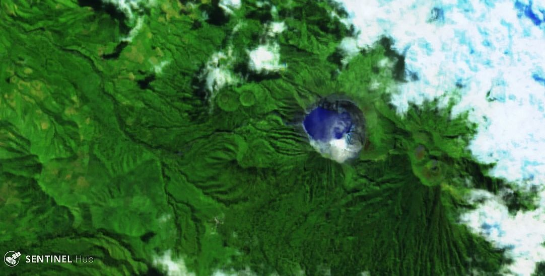 Kawah ijen - Sentinel-2 bands 12,11,4 image from 05.25.2020 - one click to enlarge