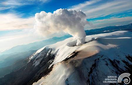 Nevado del Ruiz - photo SGC archives