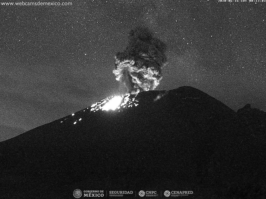 Popocatépetl - activity of 16.06.2020 / 00h13 - Cenapred webcam
