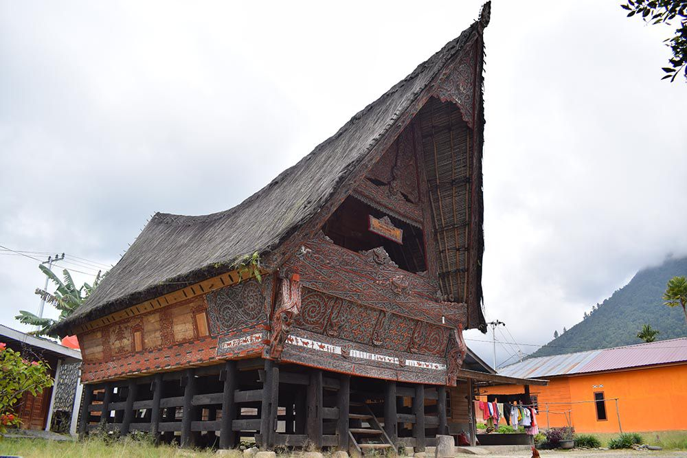 Lac Toba- Maison traditionnelle Batak - photo UNESCO Geopark