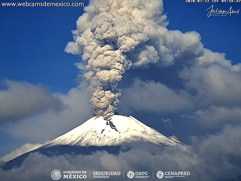 Popocatépetl - emission of ash and gas on 07/22/2020 / 9h58 - webcamsdeMexico