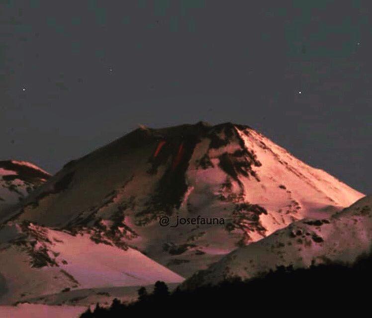 Nevados de Chillan – deux coulées de lave au nord du complexe volcanique sur cette photo du secteur Caracol par Josefauna 28.07.2020 / via volcanologia en Chile.