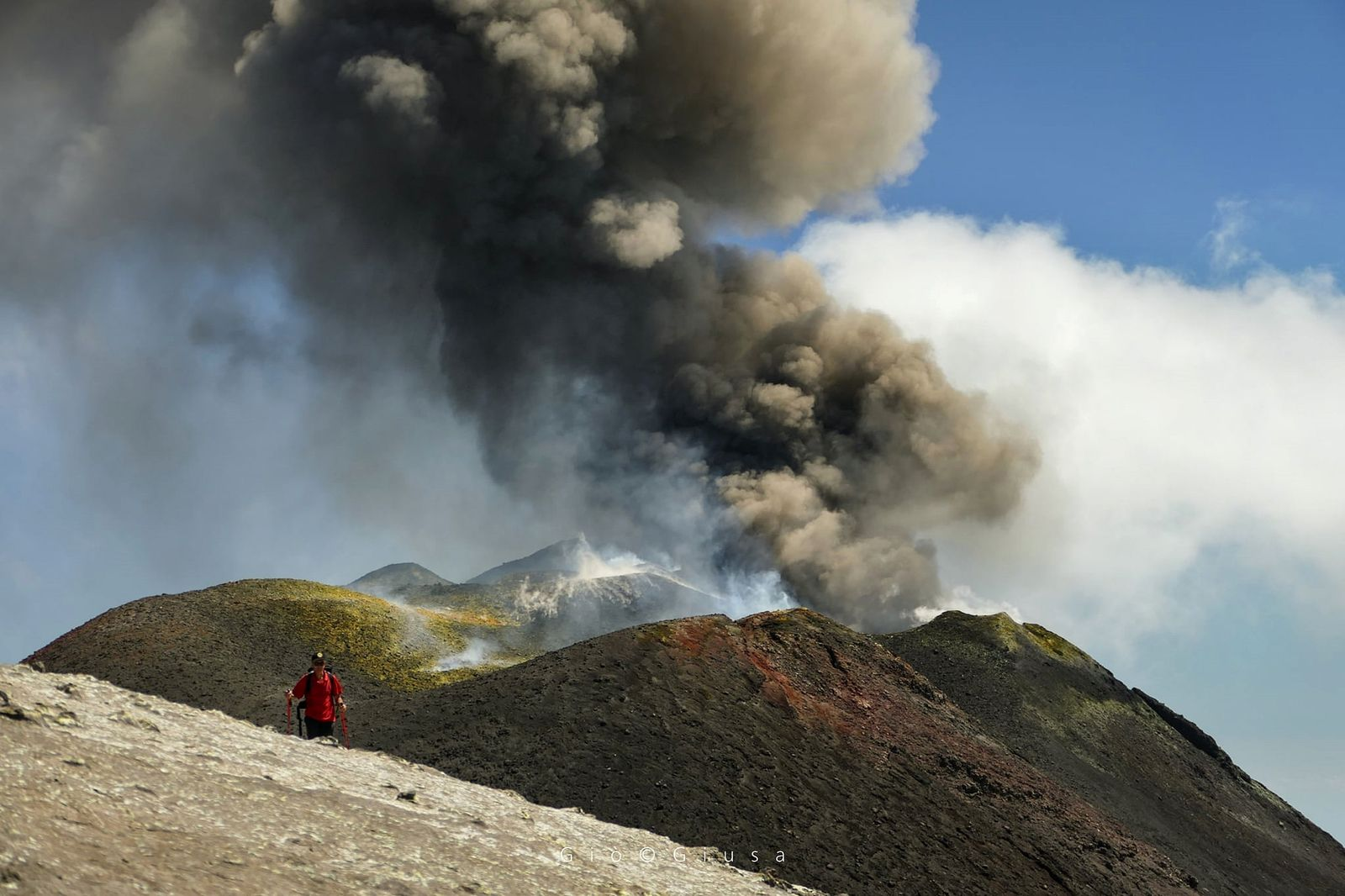 Etna - activity of the new south-eastern crater on 08/29/2020 - photo Gio Giusa