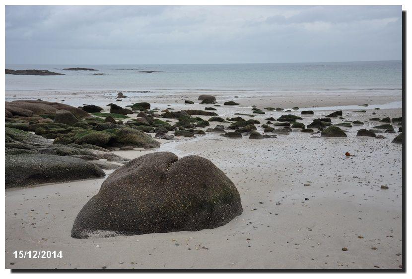 Sur la plage, le sable