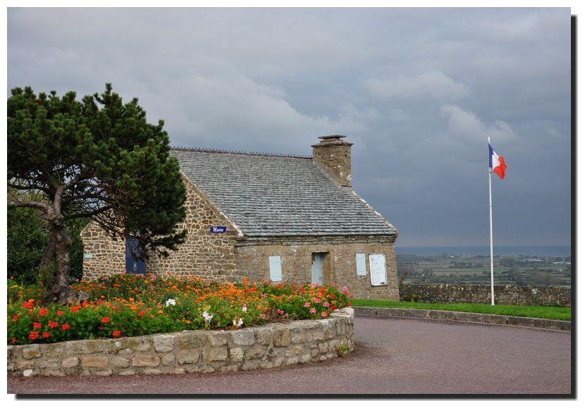 La mairie de la Pernelle
