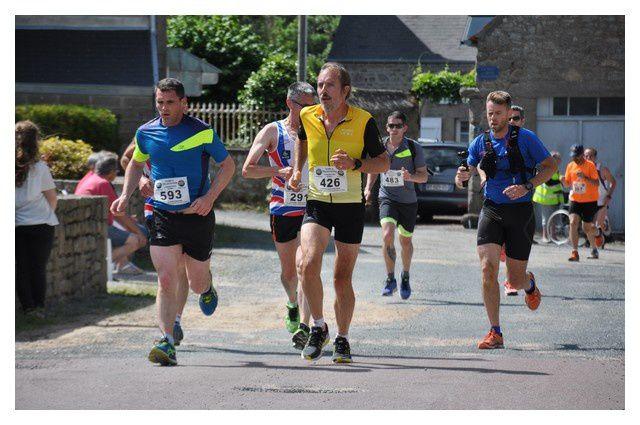 Semi marathon, Côte des Vikings, passage à Gatteville (2/3)