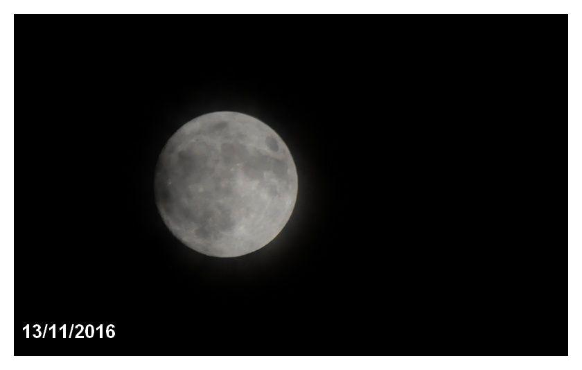 Je suis venu, j'ai patienté et j'ai vu la Lune