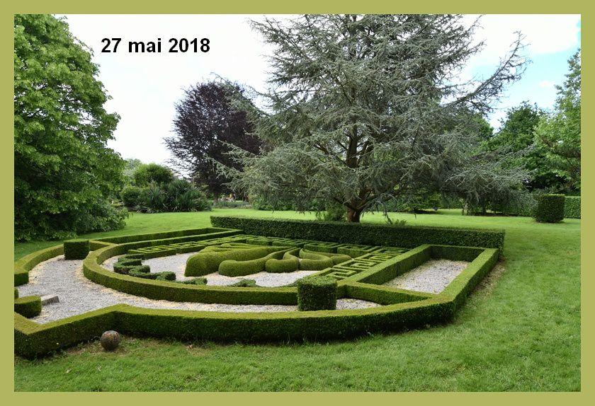 """Visite d'un jardin aux multiples facettes """"Plessis fontaines"""" Urville-Bocage"""