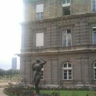 STATUES OF THE LUXEMBOURG GARDEN