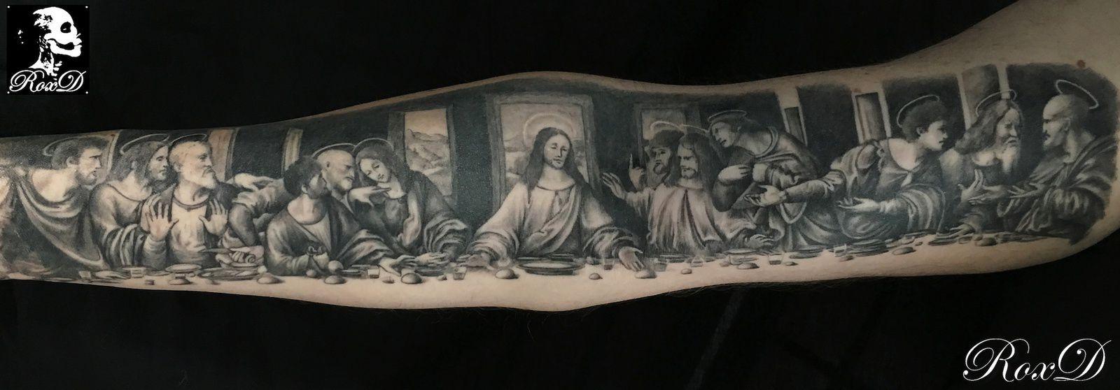 tatouage religieux bras