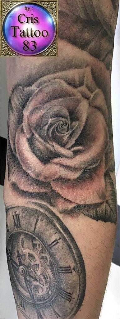 tatouage rose bras