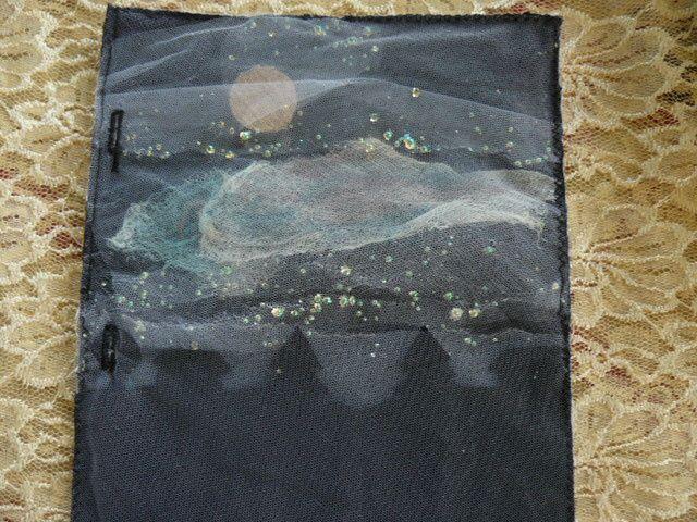 Août : page journal textile