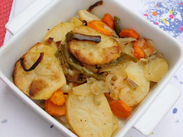 Pommes de terre et carottes au four.
