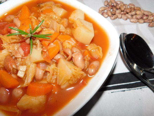 Ribollita-Soupe paysanne toscane.