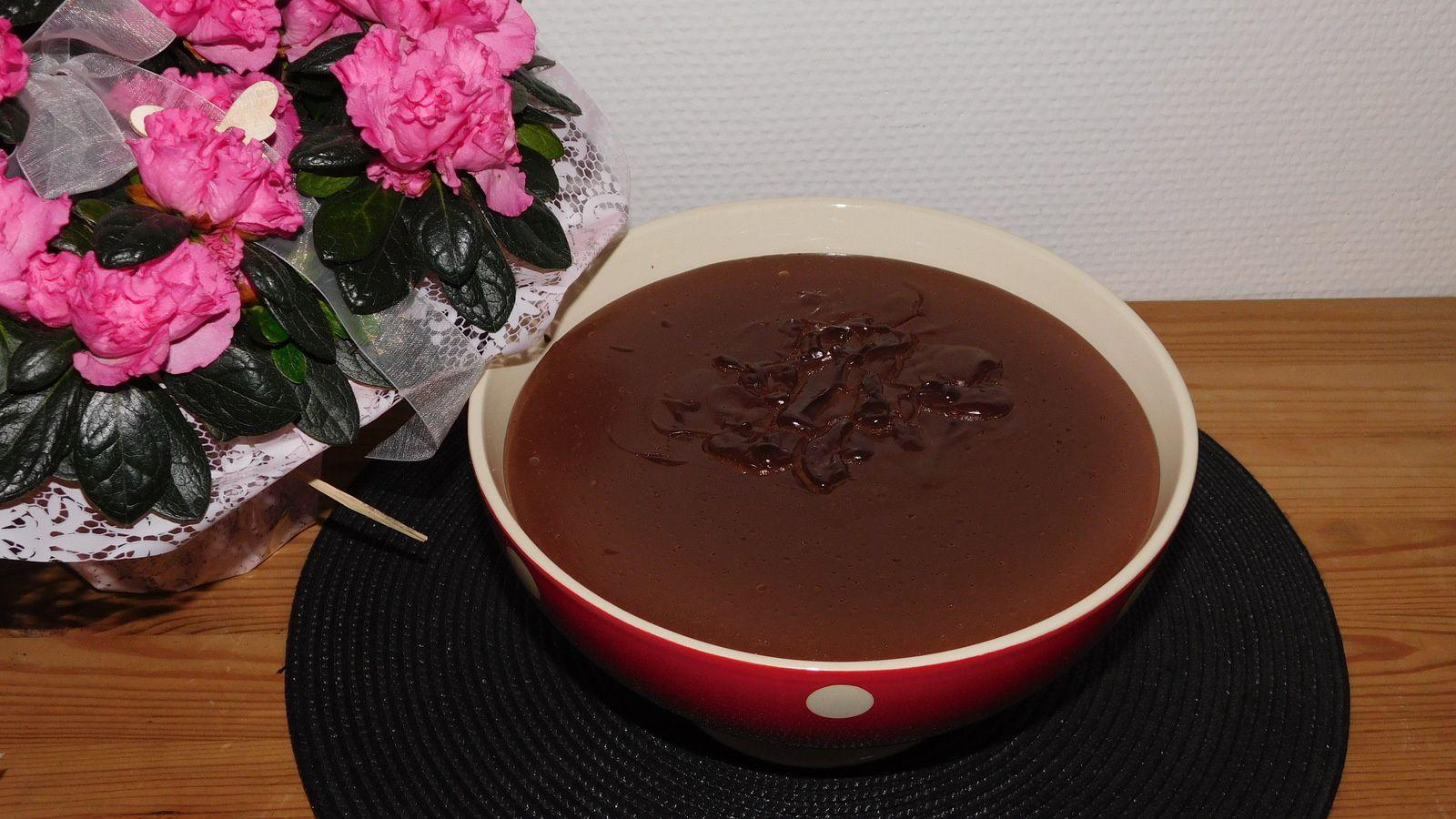 Crème au chocolat.